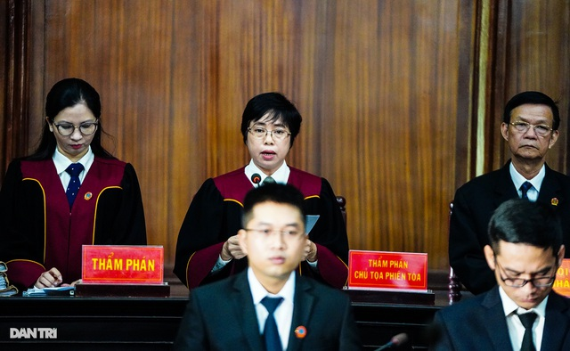 Cựu Phó Chủ tịch TPHCM Nguyễn Thành Tài lĩnh án 8 năm tù - 1